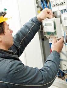 Elektricien Brugge: Vergelijk elektriciens in Brugge + Tarieven [ Overzicht ]