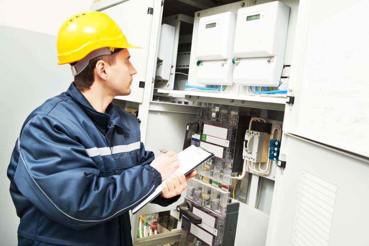 Elektriciteitskeuring bij verkoop van woningen: info & tips